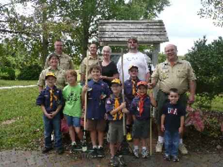 015-scouts-cemetery-cleanup-group-pic.jpg